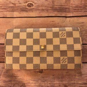 Louis Vuitton Azur Porte feuille sarah long wallet
